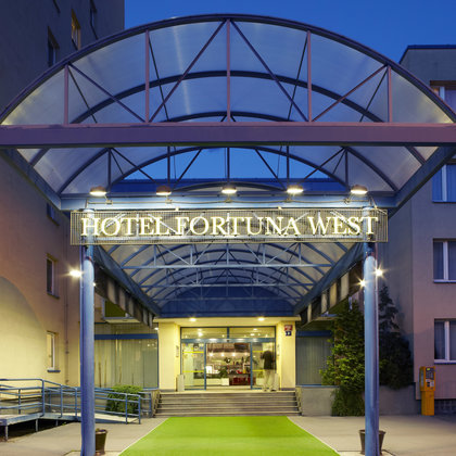 Hotel Fortuna West Prague