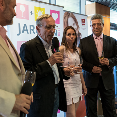 Business partners of the Vysočany Clarion enjoyed the best rosé wines